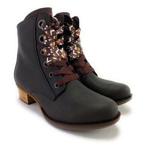 Chaco Women's Cataluna Lace Ankle Boots Size 9.5 M